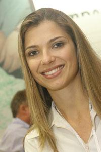 Plástico Moderno, Fernanda Schoenardie Schuck, gerente de planejamento comercial e marketing, Commodities - Demanda em alta, rearranjo petroquímico e mudanças globais alvoroçam o setor