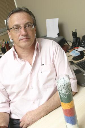 Plástico Moderno, Eduardo Sonesso, diretor da SM Resinas, Distribuição de resinas - Rearranjo petroquímico força também o varejo a promover fusões e ganhar musculatura para competir