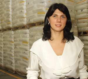 Plástico Moderno, Daniela Dias Janota Antunes Guerini, Diretora da Mais Polímeros, Distribuição - Novas mudanças alteram o perfil do mercado varejista de resinas