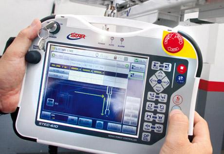 Plástico, Robótica - Indústria de autopeças estimula os negócios de manipuladores