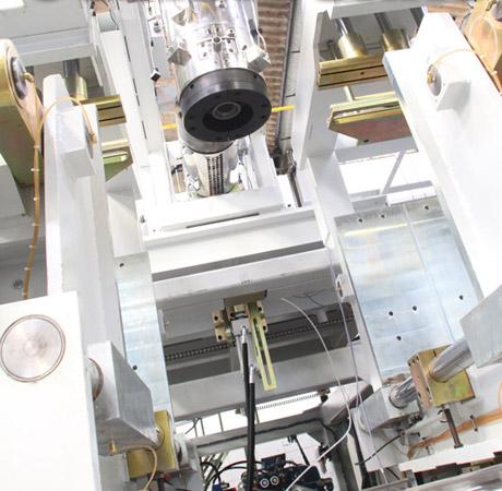 Plástico Moderno, Especial máquinas - Sopradoras - Vendas arrefecidas não tiram o bom ânimo do setor, alentado pelos excelentes resultados do primeiro semestre