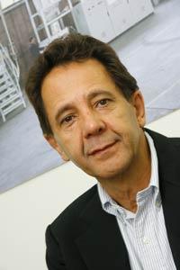Plástico Moderno, Carlos Andrade, Diretor da Rotomec, Rotomoldagem - Processo avança no mercado