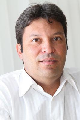 Plástico,  Miguel Bahiense, presidente do Instituto Sócio-Ambiental do Plástico – Plastivida, O embate das sacadas - Indústria do plástico acirra defesa contra pecha de vilã
