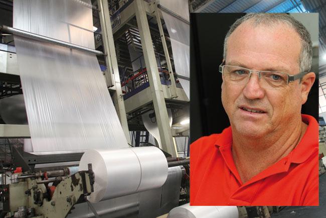 Plástico, Roberto A. Brito, diretor da Extrusa-Pack, Retornaveis expandem produção e descartáveis já geram demissão