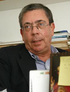 Plástico, Sérgio N. M. Falcão, líder de vendas, na América do Sul, da OCV Reinforcements, Termofixos nos veículos - Termofixo resiste nos veículos pesados em busca de reciclabilidade