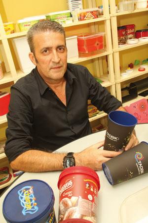 Plástico, Paulo Lopes, diretor do escritório de representação, In Mold Labeling - Técnica começa a ganhar força no mercado nacional