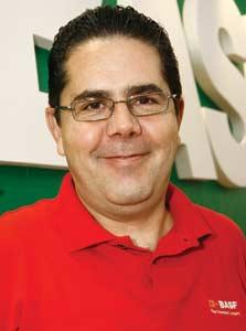 Plástico Moderno, Francisco Lopes, gerente de novos negócios da Ciba, Brasilplast 2009 - Aditivos - Retomada dos negócios ancora busca incessante do mercado por fórmulas mais eficientes