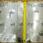 Plástico Moderno, Figura 01A – DIN 1.2311 – Valores de dureza encontrados na secção transversal – 321-333HB