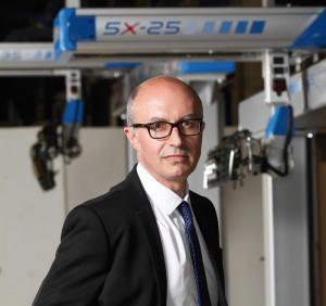 Plástico Moderno, Renaudeau põe em funcionamento na feira 23 de seus robôs