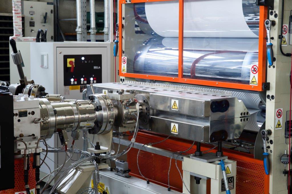 Plástico Moderno, Sistema produz chapas pastilhadas