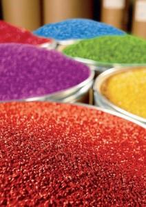 Plástico Moderno, Distribuição de resinas: Exportação suporta os masterbatches