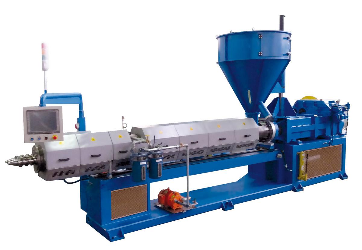 Plástico Moderno, Extrusora dupla rosca EM-2R processa 2 mil kg/h de PVC