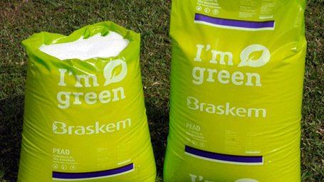 Plástico Moderno, Plástico verde foi para o espaço