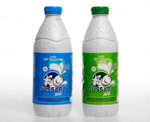 Plástico Moderno, PET aditivado entra no leite com modelo monocamada
